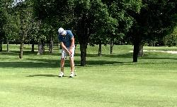 Barrie golfers tie for 30th